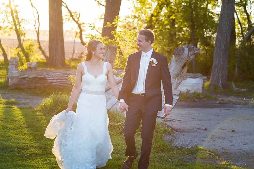 Lexie And Zach Wedding Photography Garden Venue Wedding