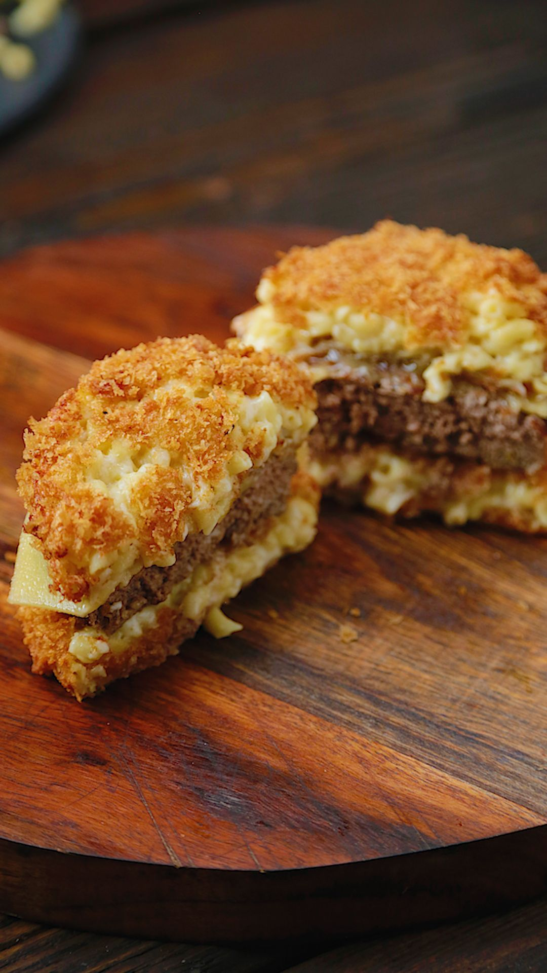 Mac N Cheese Burgers ~ Recipe