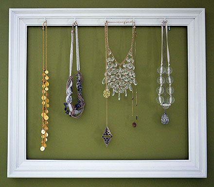 Supereasy DIY: Picture Frame Necklace Holder | Necklace holder, Diy ...