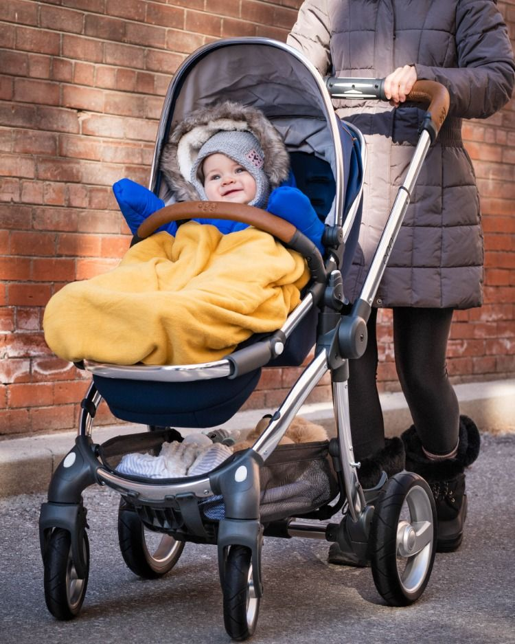 STROLLER TIP! The Egg's removable seat makes going from