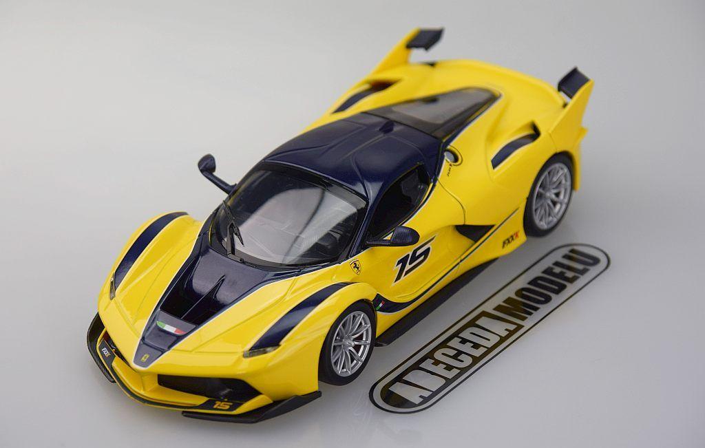 Bburago 1:24 Ferrari FXX K (yellow) 26301