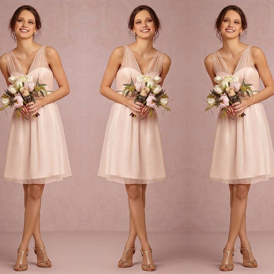 Elegant Short Light Pink Peach V Neck Tulle Bridesmaid Dress
