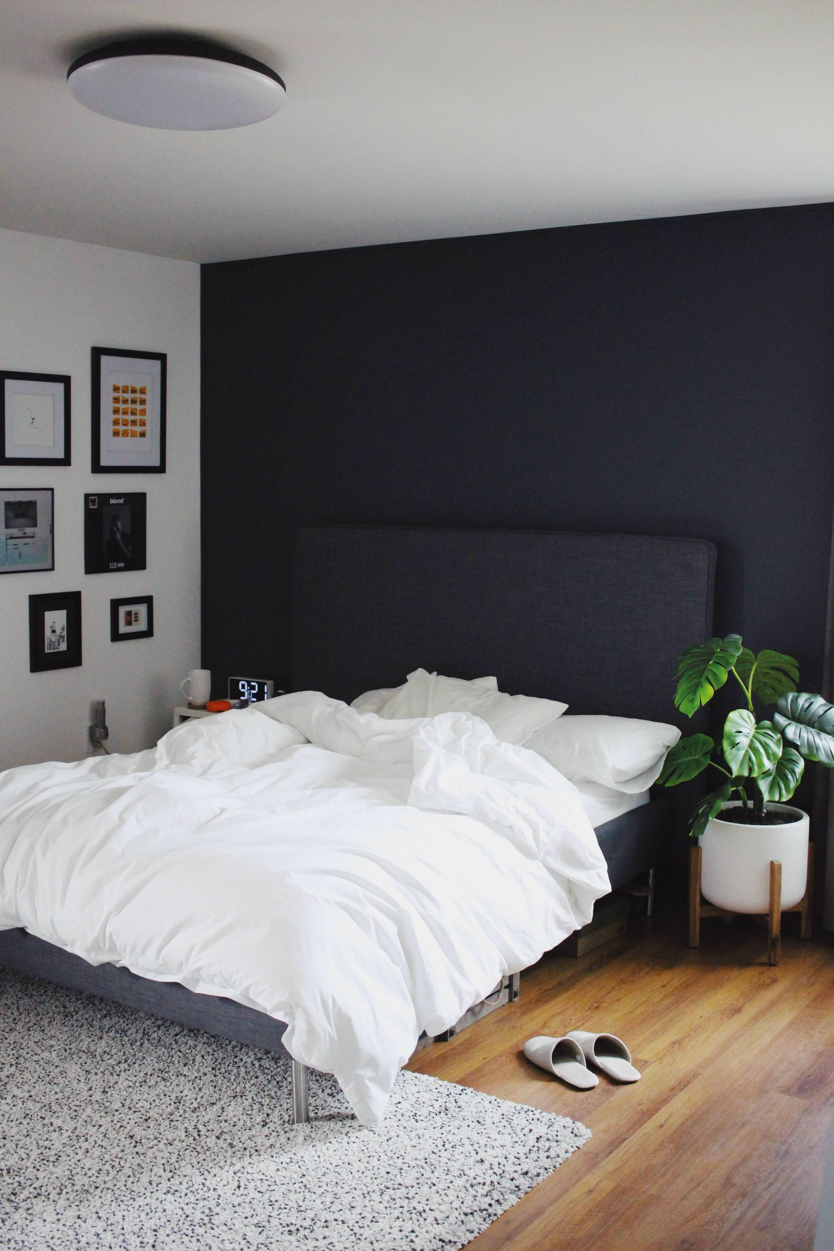 Personal style and aesthetic preferences aside, we can all agree that minimalism is having a major moment—and science gives it even more. Imgur The Magic Of The Internet Apartment Bedroom Decor Room Ideas Bedroom Mens Room Decor