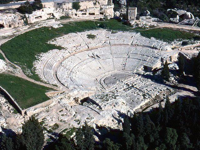 Cosa vedere a Siracusa: Teatro Greco | Informazioni turistiche | Siracusa Turismo