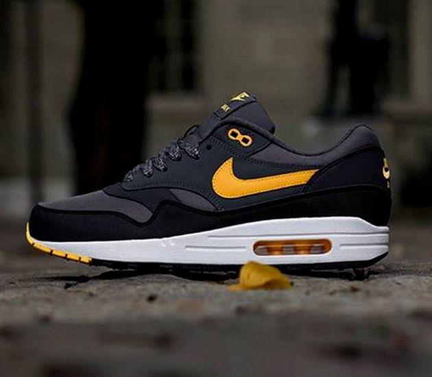 Nike Air Max 1 – Dark Grey / Laser Orange – Anthracite – Black
