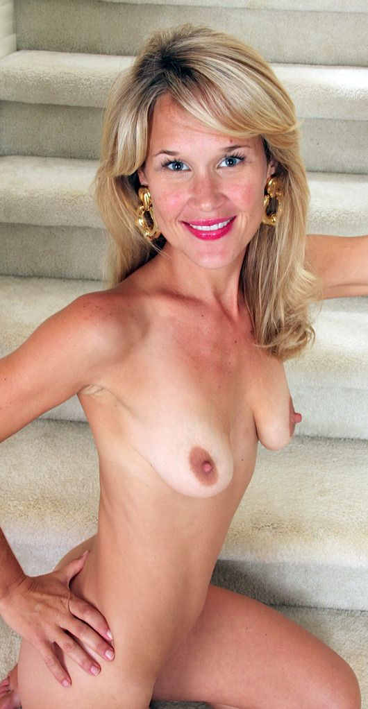 Pin By Sid On Relax In 2019  Older Women, Puffy Areolas -8981