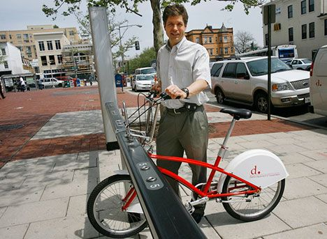 D C Bike Sharing Program Launches Today First In The Usa Bike