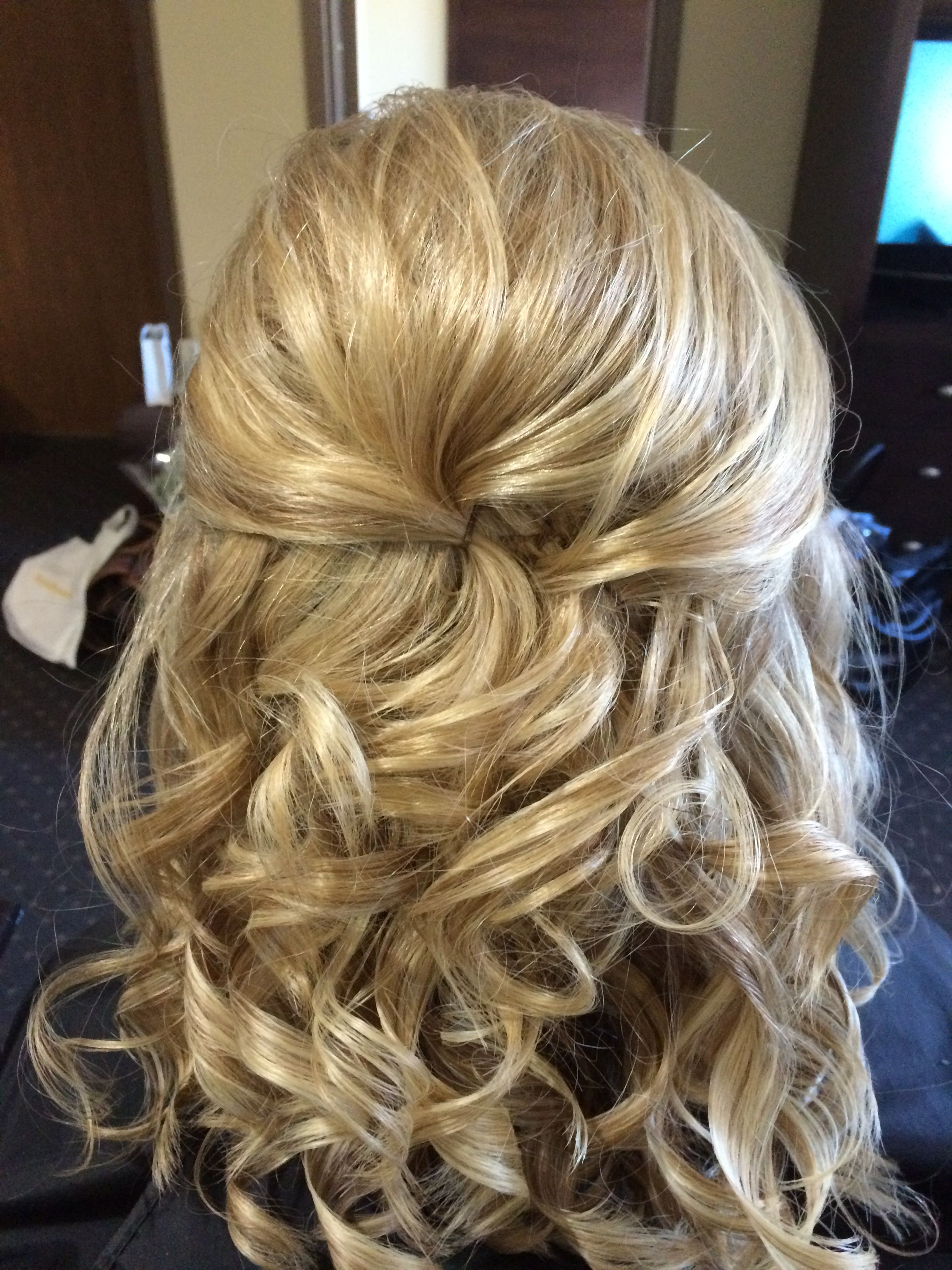 Mother Of Bride Hairdo Hair Styles Mother Of The Bride Hair Bride Hairstyles