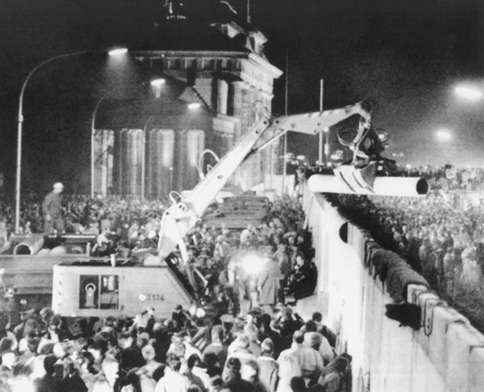 The destruction of the Berlin Wall. Courtesy of the ITAR-TASS News Agency.