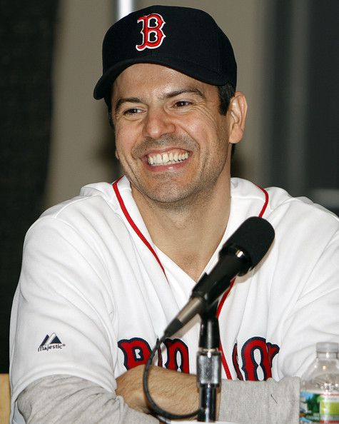 Jordan Knight - that smile still gets me, 20+ years later! *swoon* <3