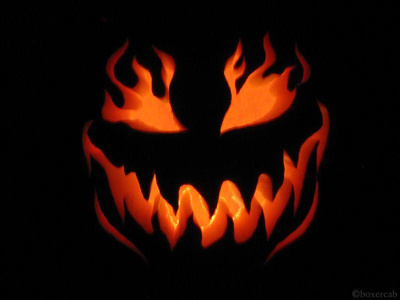 Jack O Lantern With Flames Love The Fire Jack O Lantern Designs