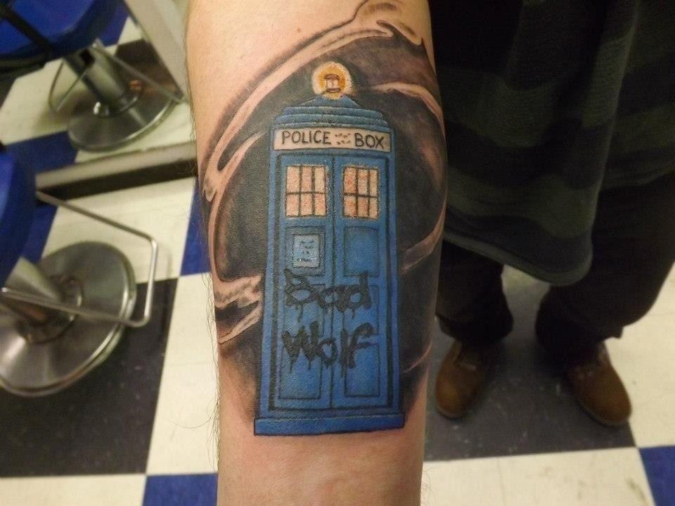 Bad Wolf Tardis Tardis Tattoo Tattoos Tattoo Inspiration