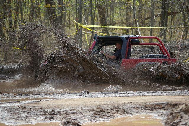 Jeeps & Mud Do Mix.