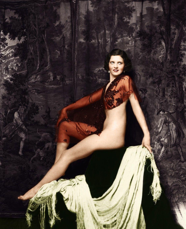 Lana Cheney Nude Photos 38