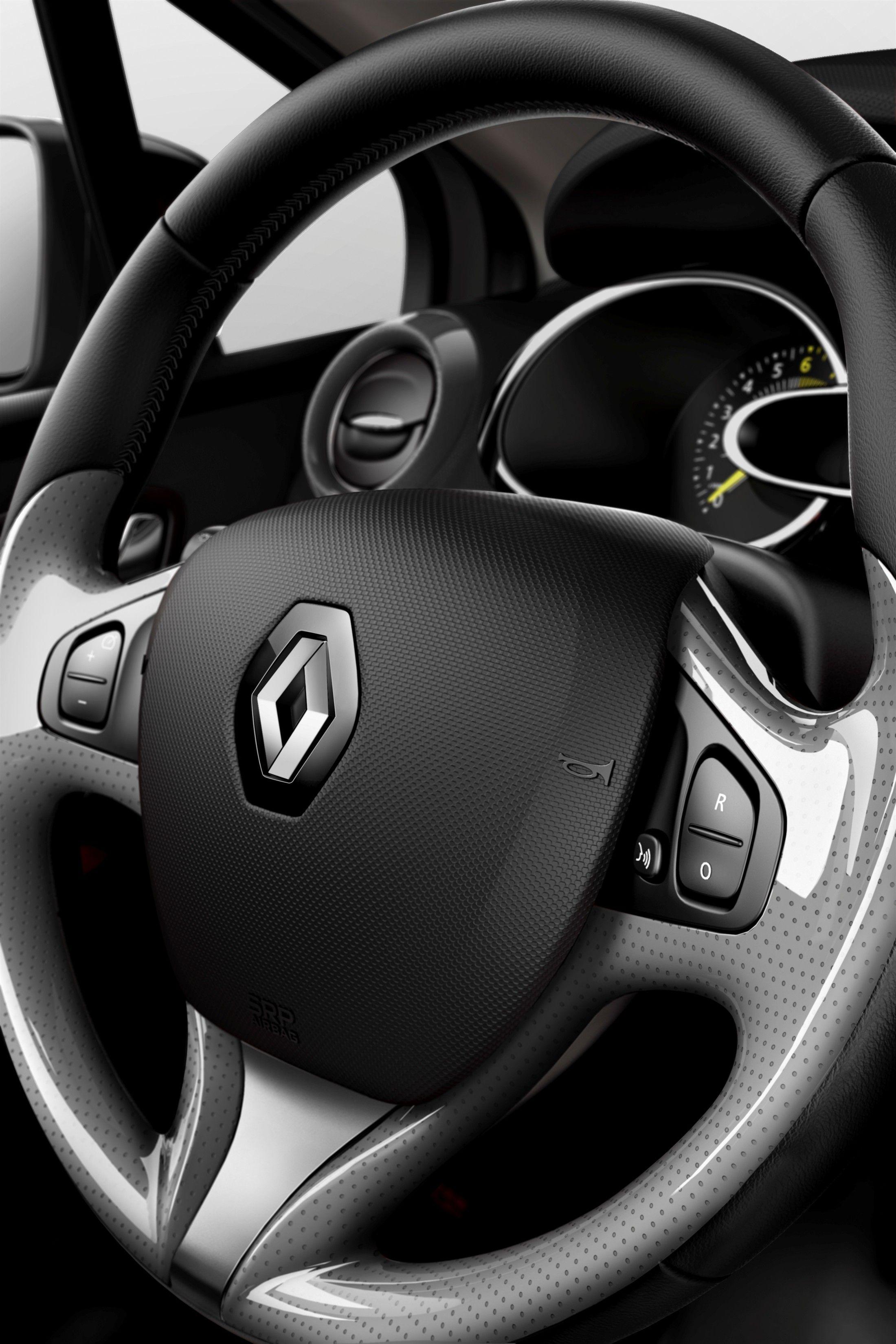 Intrigante Primo Piano Del Volante Di Nuova Renault Clio Non