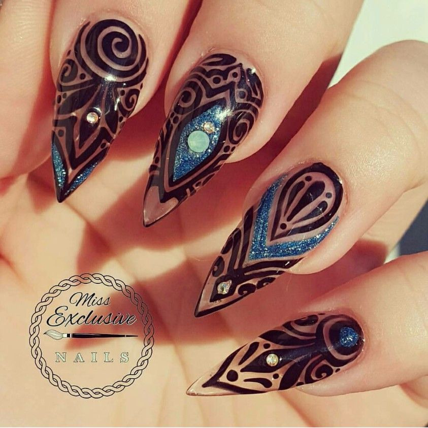 Stiletto nails with black and blur design   Come Hither   Pinterest ...