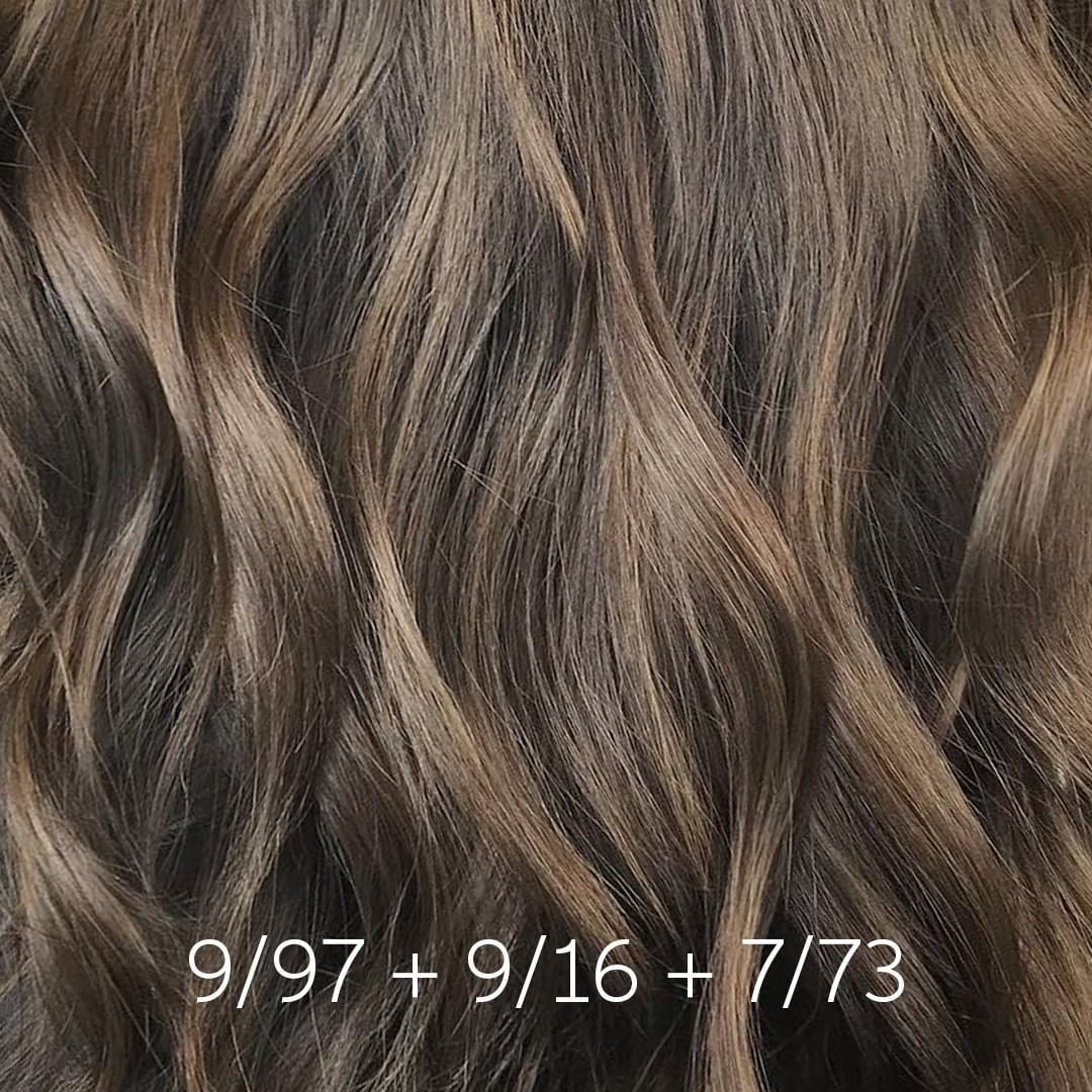 2 039 Likes 10 Comments Wella Professionals Wellahair On Instagram Color Tip For A Balanced Wellabrunette Use Our C In 2020 Haarfarben Wella Farben Brunette