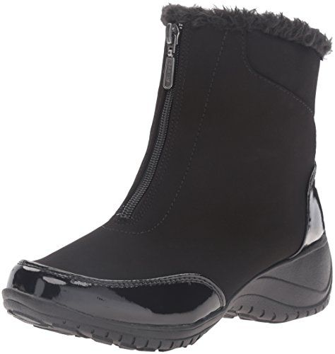 Khombu Womens Alicia Snow Boot Black Patent 9 M US ** This is an Amazon
