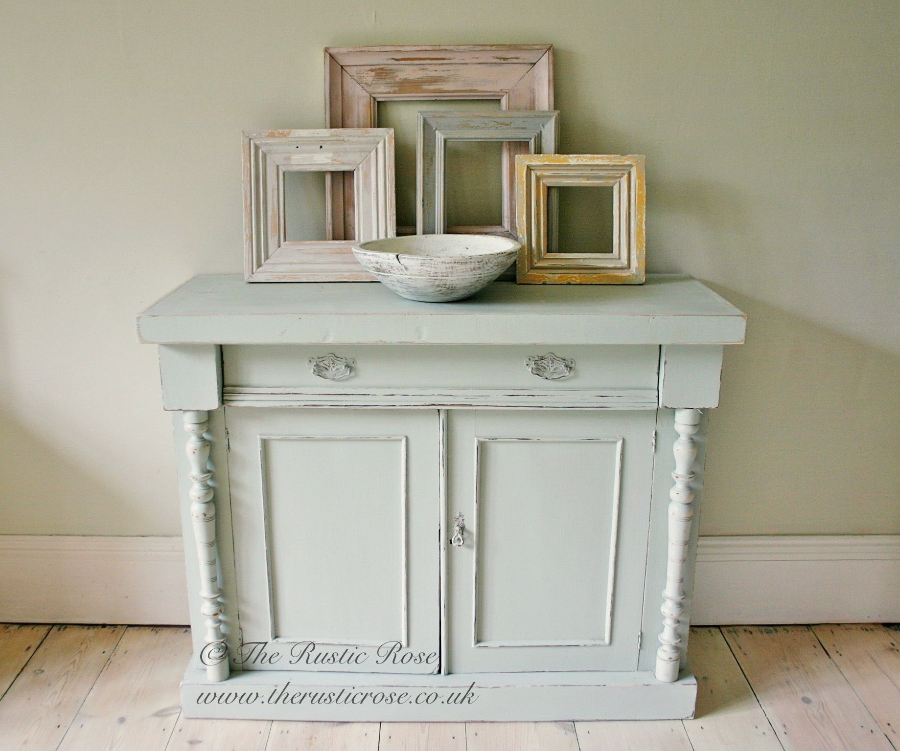 This lovely chiffonier has been painted in