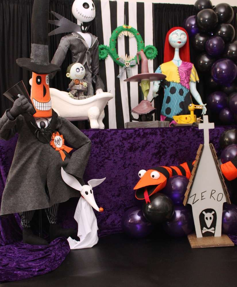 Nightmare Before Christmas Birthday Party Ideas Photo 7 Of 12 Nightmare Before Christmas Decorations Christmas Birthday Party Decorations Nightmare Before Christmas