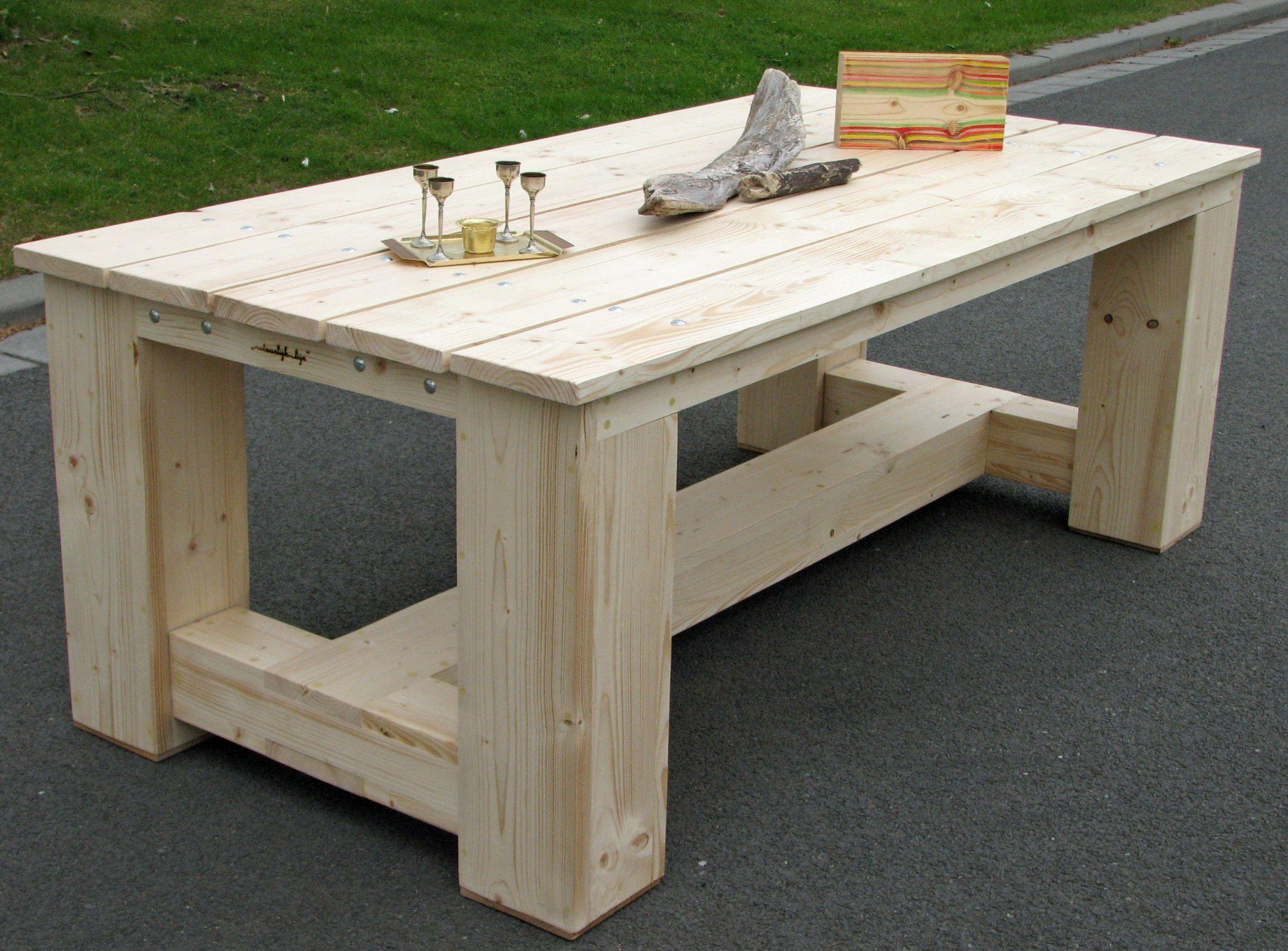 Beton Tafel Buiten : Tuintafel van geschaafd steigerhout tuin en terrasmeubelen