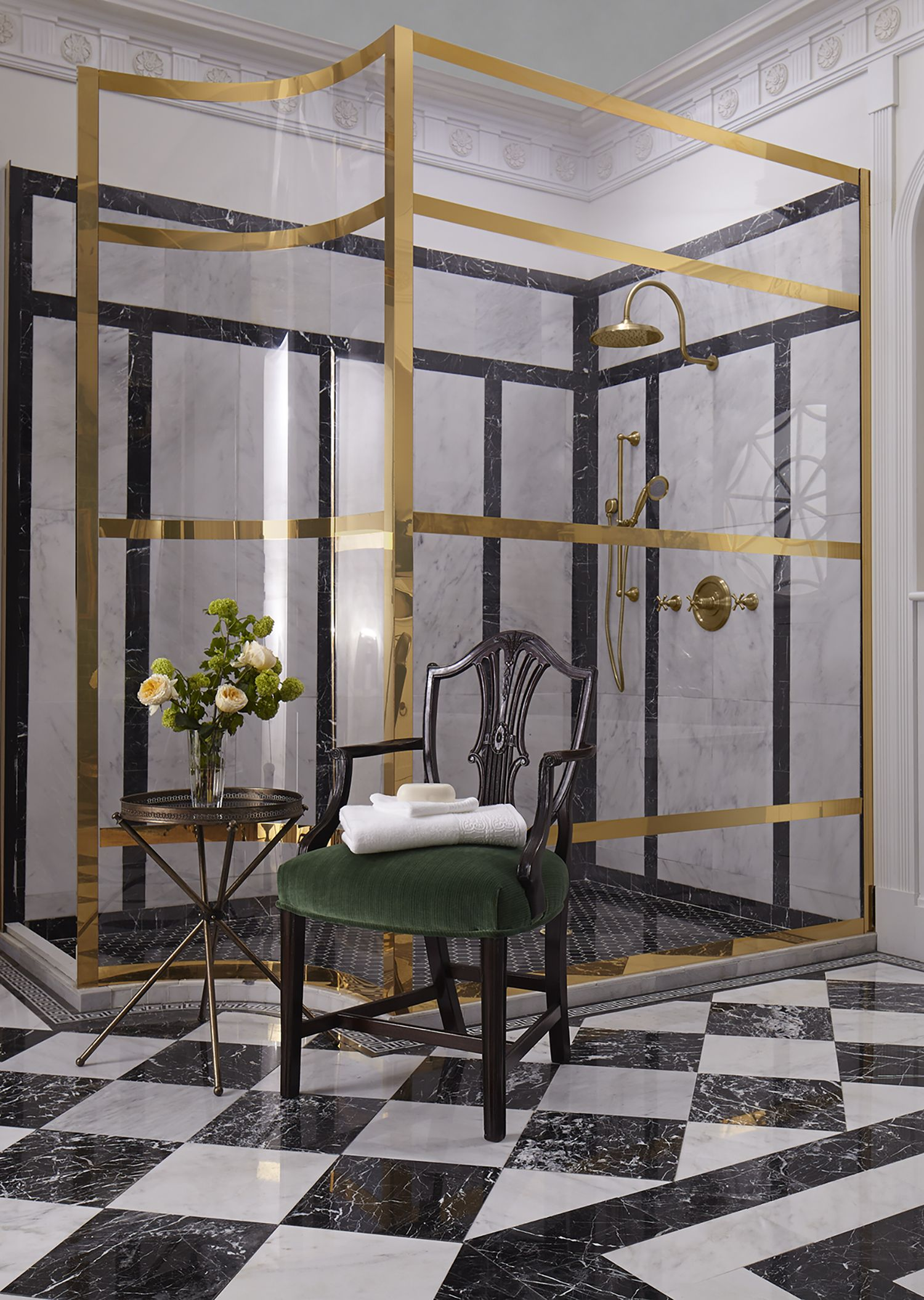 A grand shower stands tall in Susan Jamieson\'s Charleston-inspired ...