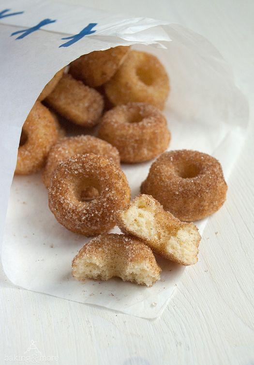 Mini Doughnut Gugl Mini Doughnut Bundt Cakes Mit Bildern Mini Donuts Kuchen Ohne Backen Kinderdesserts