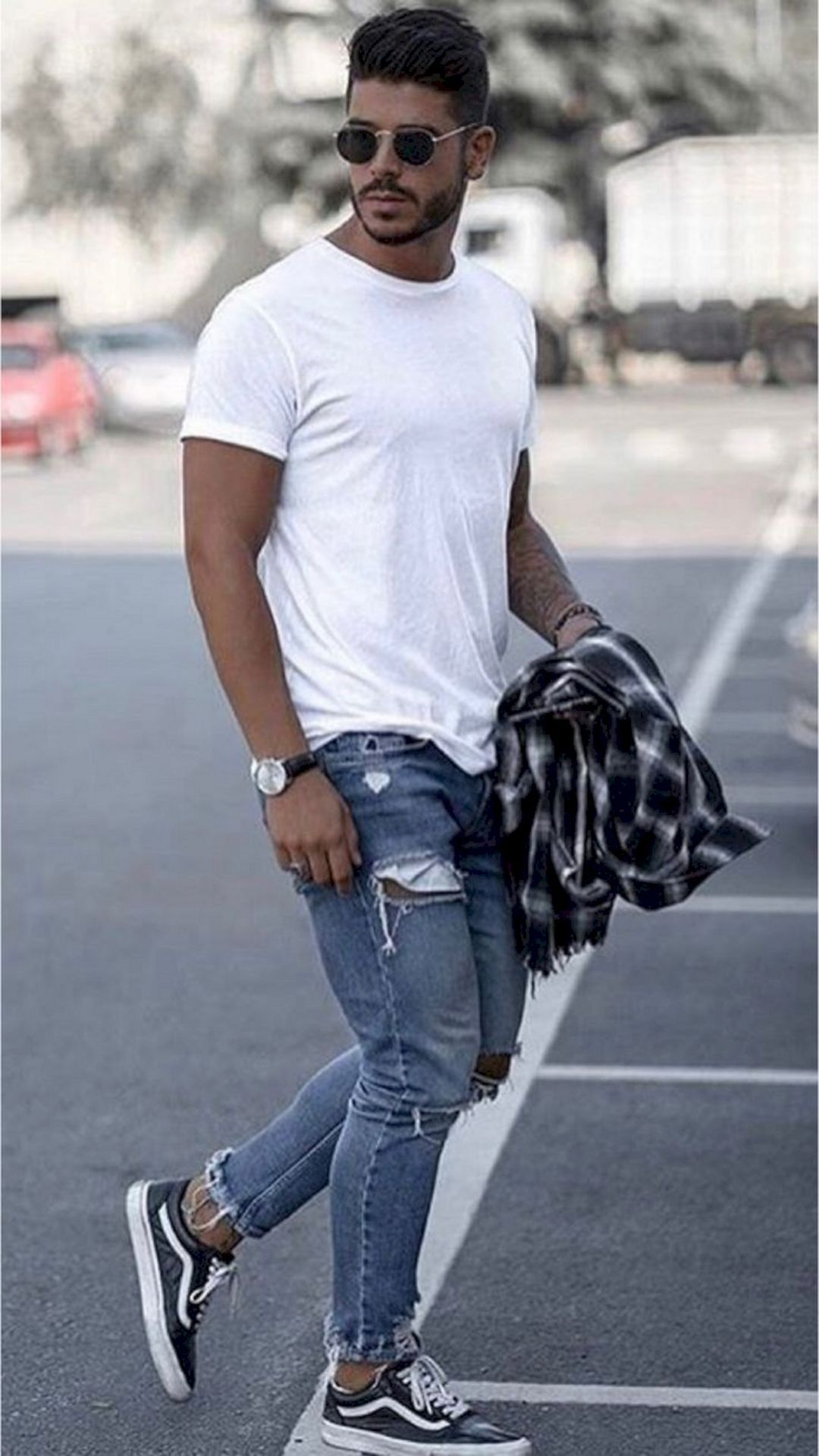 20 Casual White T Shirt For Men That Makes You Look More