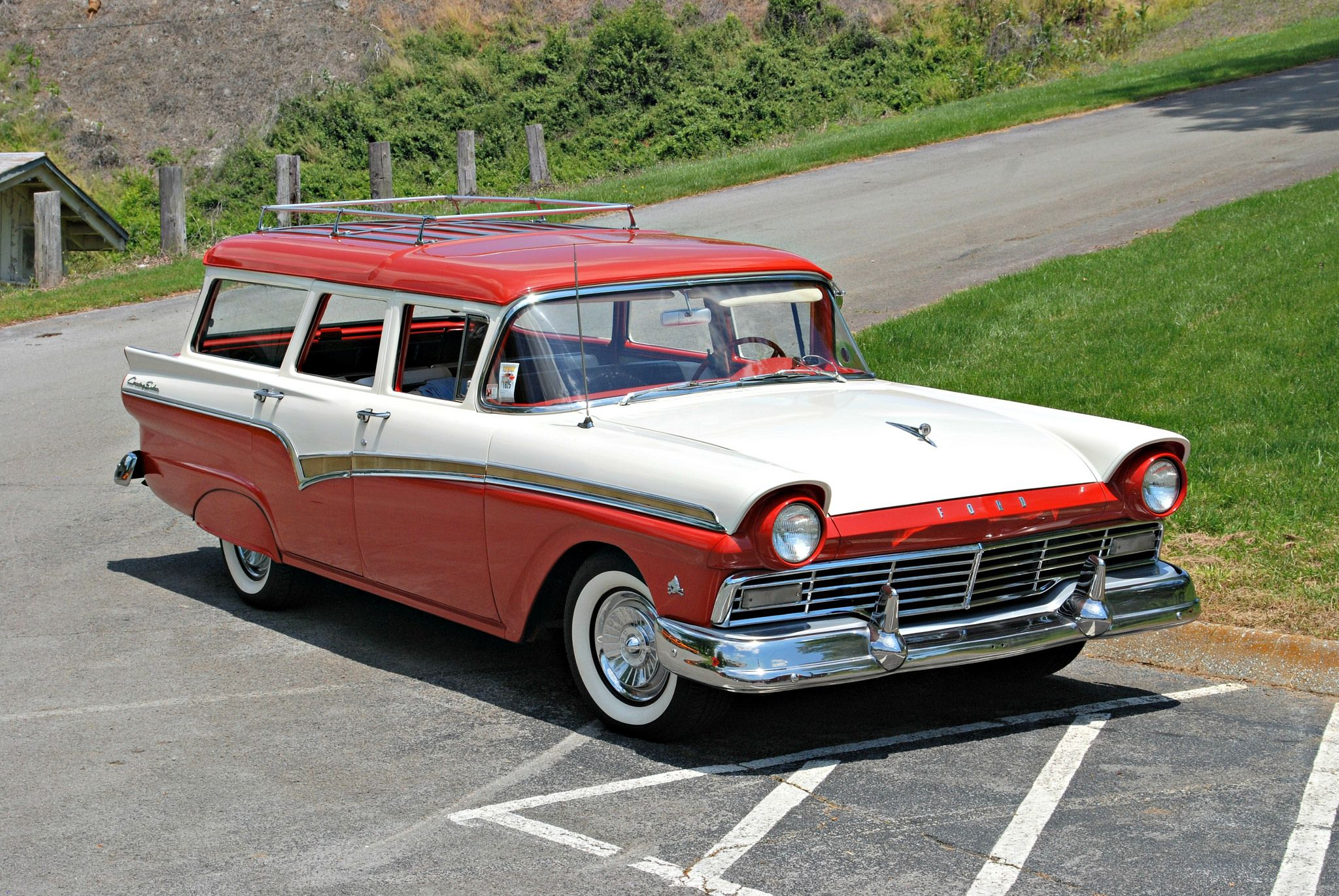 Knoxville Show 5-9-15 462 1957 Ford Country Squire Red-White | Ford ...