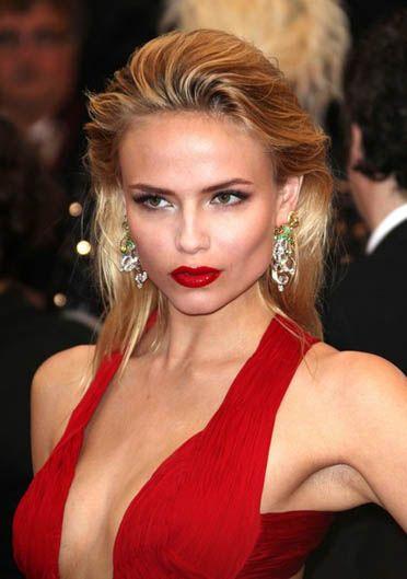 #CannesFilmFestival #RedCarpet #NatashaPoly