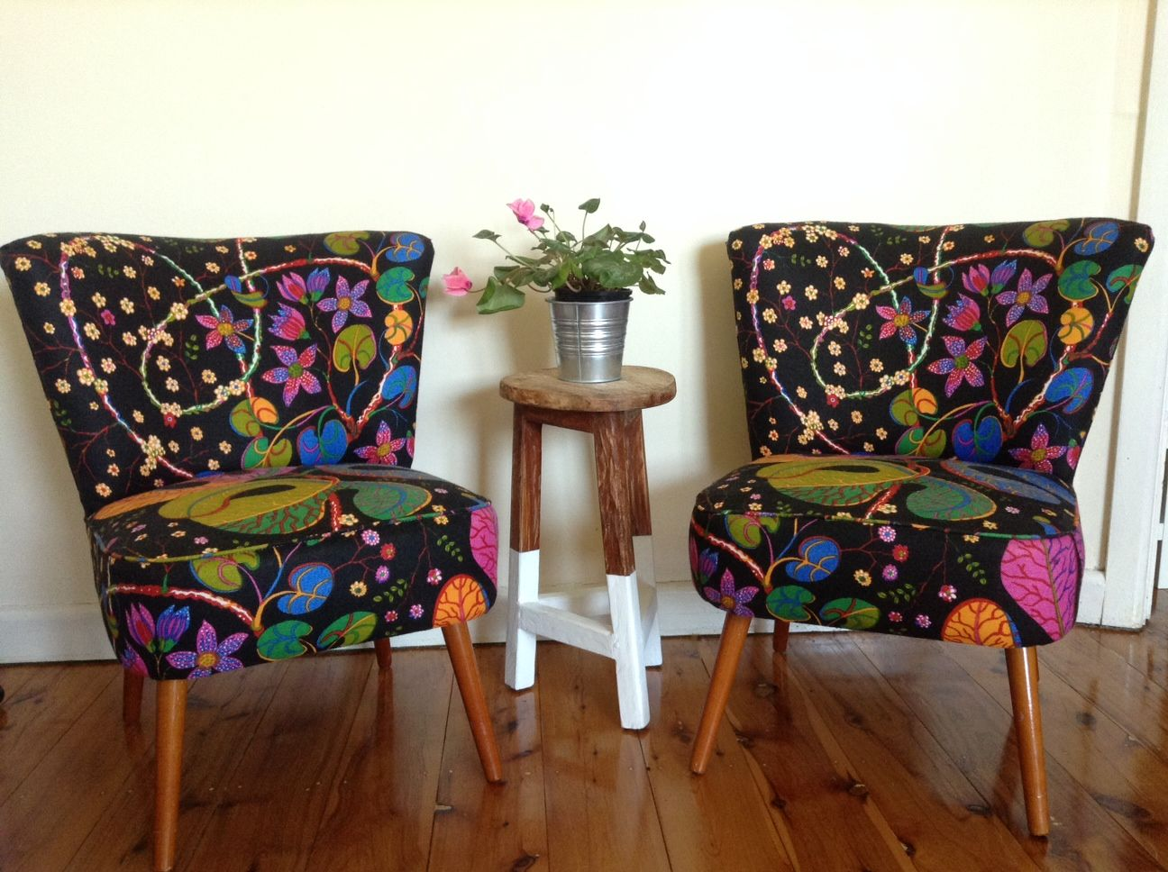 Great 1940 S Upholstery Fabric Google Search Chair Upholstery