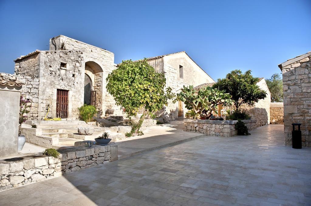 I 20 Bellissimi Agriturismi In Sicilia Dove Dormire Questa Estate Sicilia Boutique Hotel Agriturismo