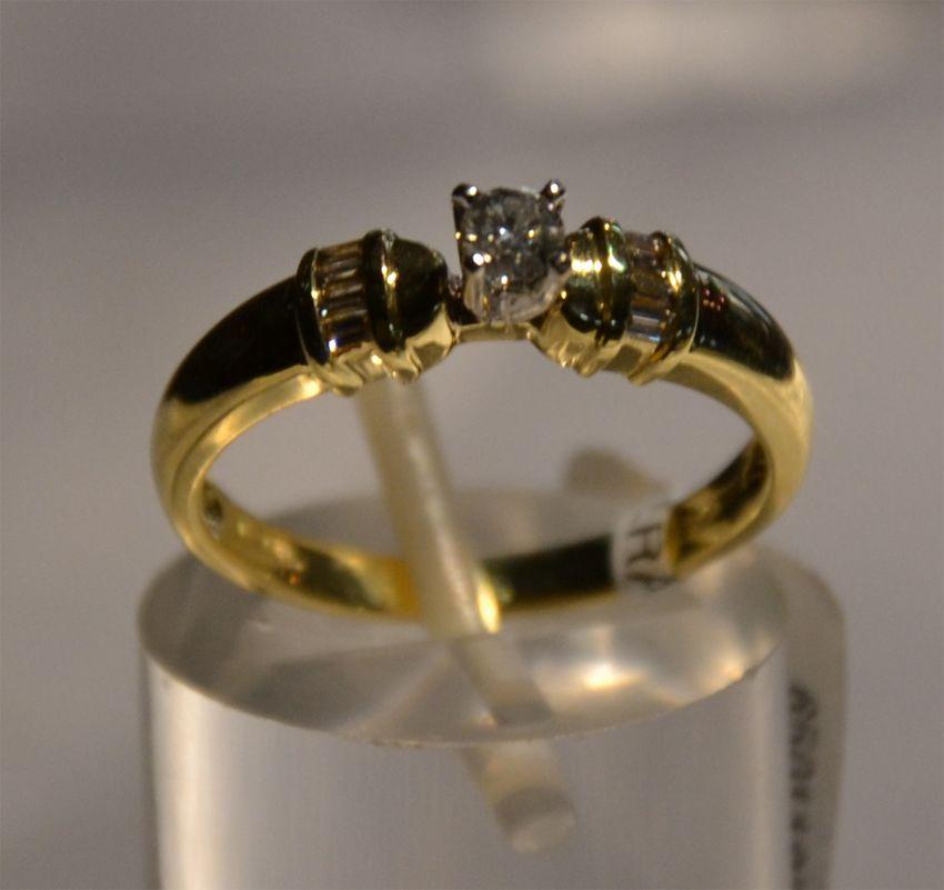 Anillo De Compromiso Con Diamantes Anillos De Oro Anillos De