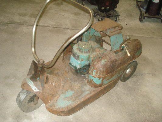3 Wheeler Vintage Tractors Riding Mowers Push Mower