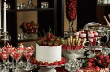 Strawberry and Chocolate Breaks, Plus More Banquet Setups from Royal Sonesta Boston (http://www.hotelfandb.com/features/banquet-catering/bctrends-oct2010.htm#sonesta)