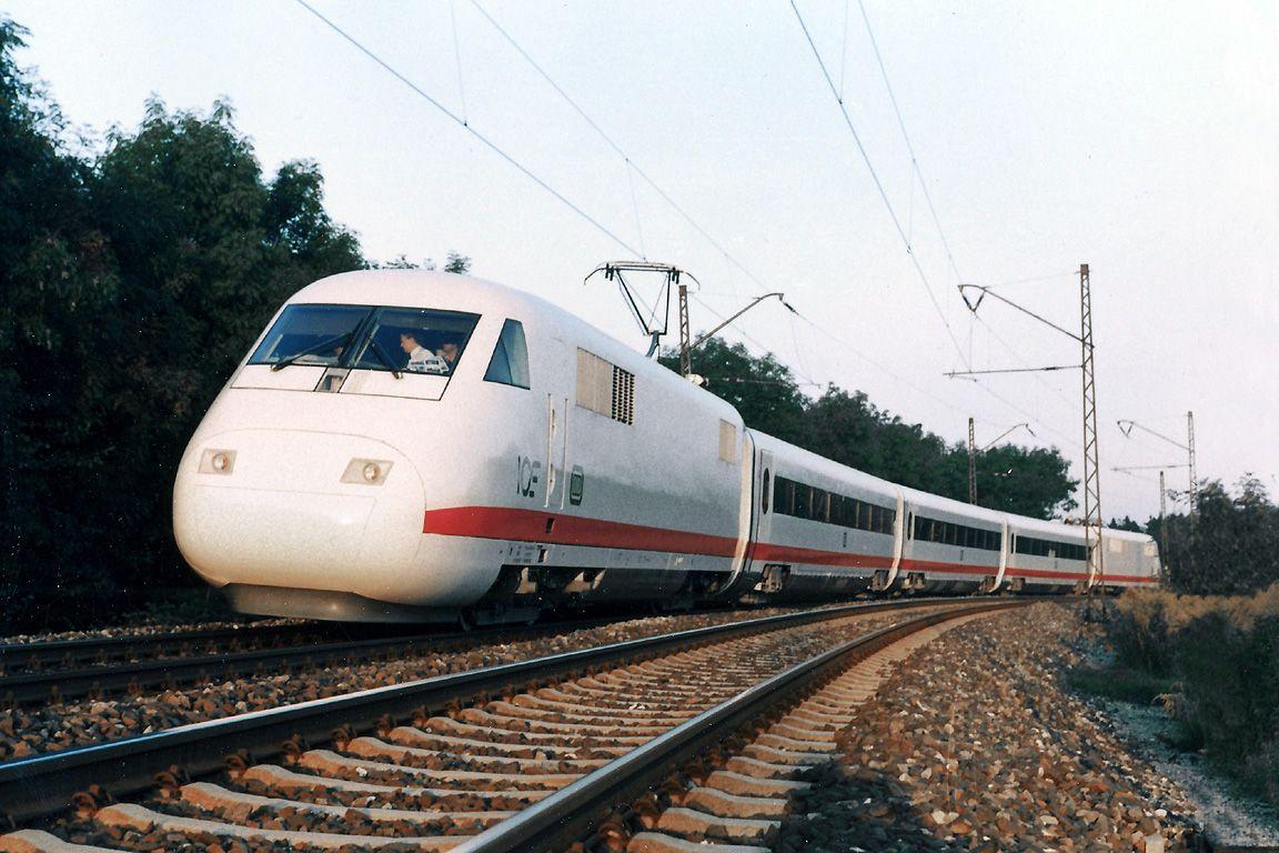 InterCityExperimental Wikipedia Eisenbahn, Zug, German