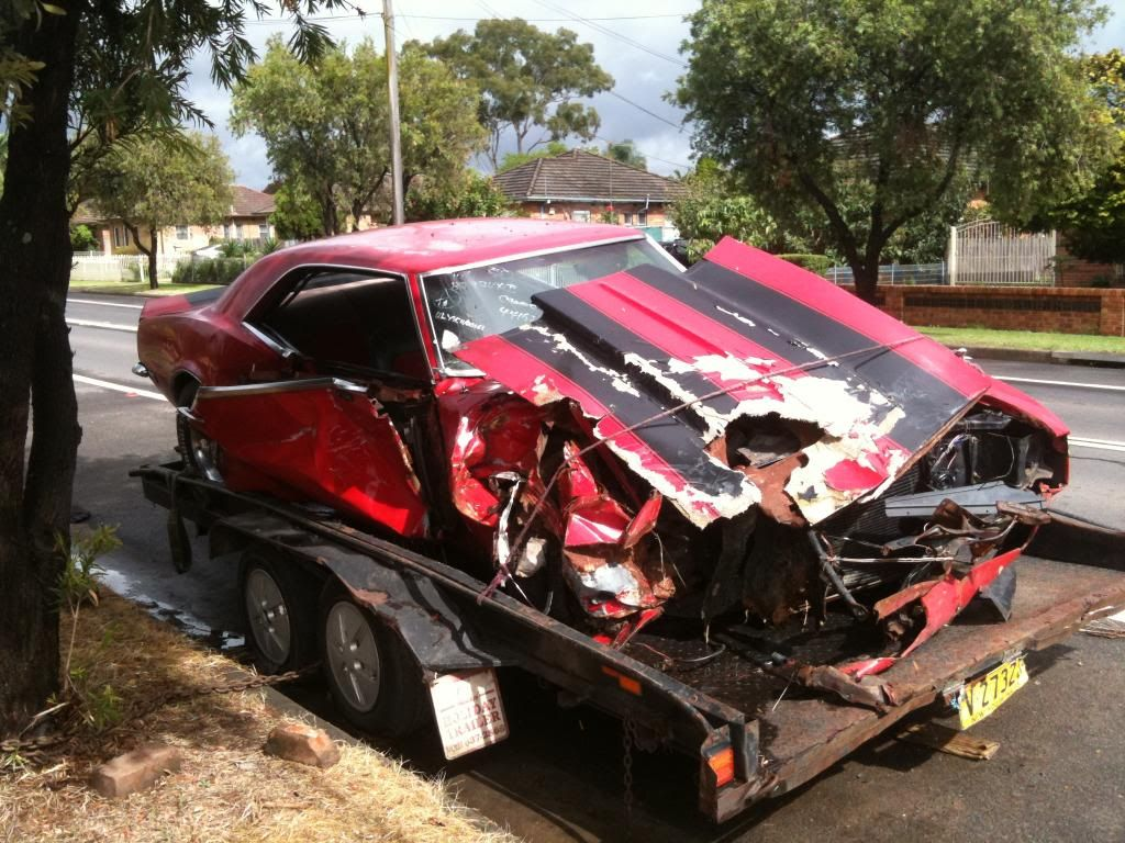 Rebuildable Muscle Cars Re Wrecked Muscle Cars With Images