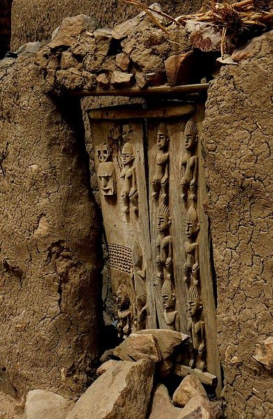 Dogon door 2 in wall & Africa | Older door in the Wall. Dogon country Mali ...