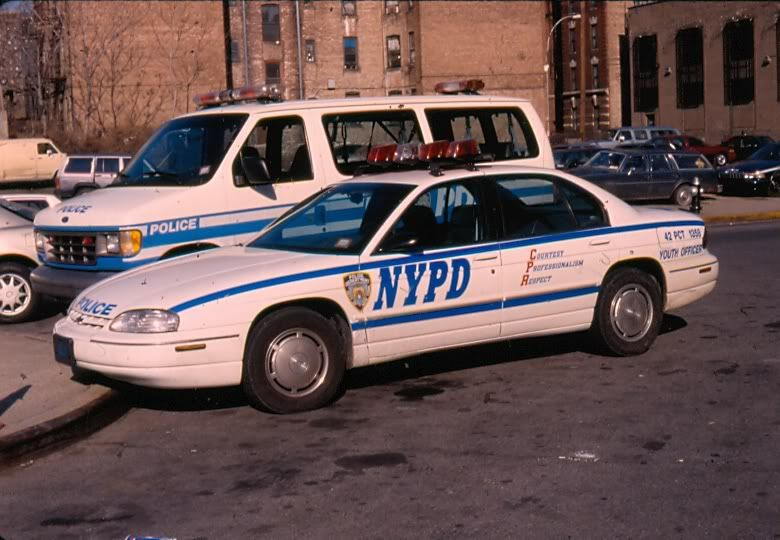 1998 chevy lumina assigned to the 42 pct youth officer most of these werent assigned to sectors and were given to youth offic police cars old police cars nypd 1998 chevy lumina assigned to the 42