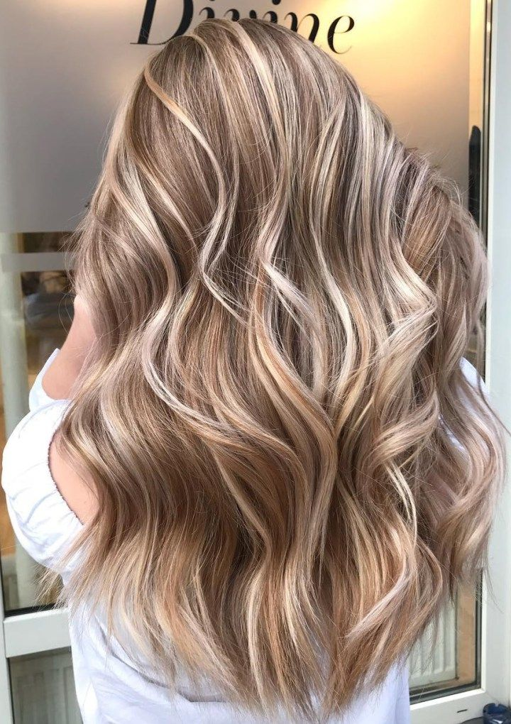 Latest Hairstyles and Haircuts for Women in 2021