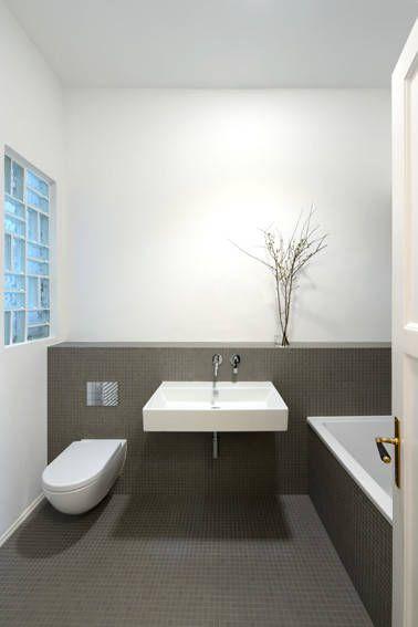 Moderne badezimmermöbel grau  Moderne Badezimmer Bilder: Bad – graues Mosaok | Bäder, Grau und ...