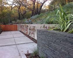 Contemporary Garden Landscape Concrete And Stone Walls Landscape