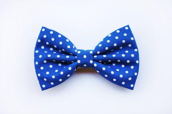 Photo of Articoli simili a Papillon per uomo Blu azzurro a pois, nero…