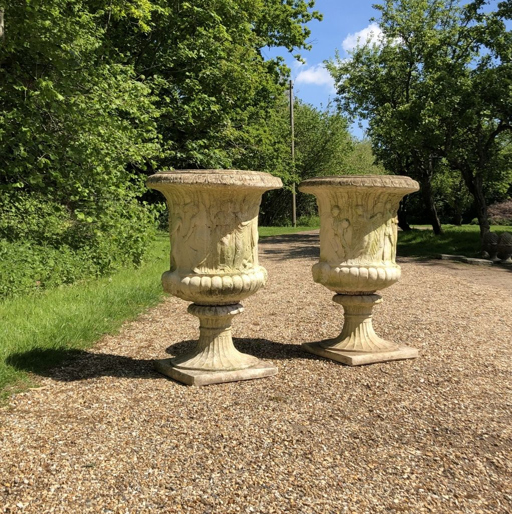 Pair Of Large Medici Urns In Urns And Planters From The Vintage Garden Company Vintage Garden Bird Bath Outdoor Decor