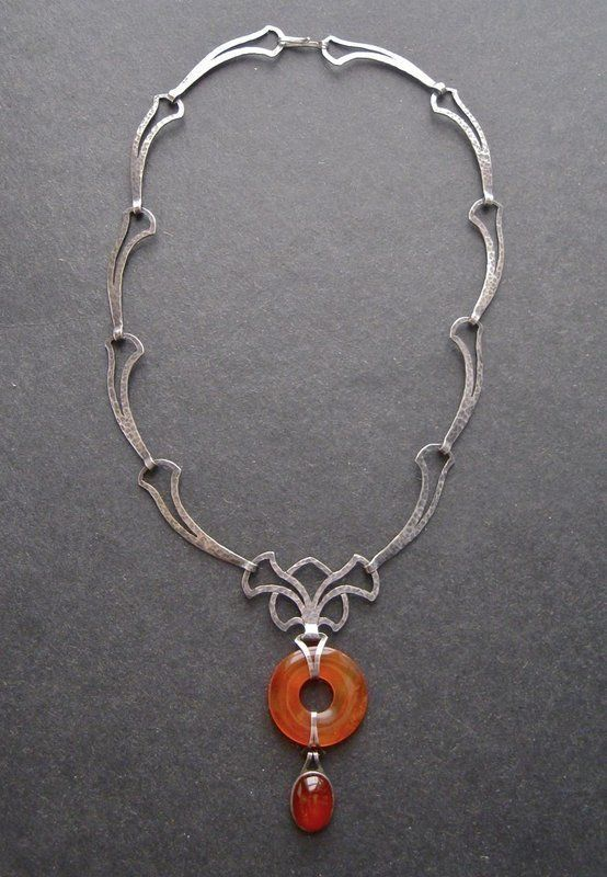 Hammered Rings Necklace with Carnelian