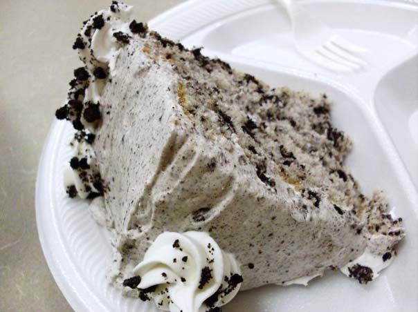 Cookie Cake With Nuts And Sour Cream Desserts Cookies And Cream Cake Oreo Cookie Cake
