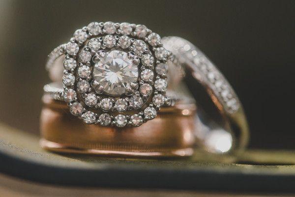 cool Bague de fiançailles 2017 - Idée glamour d'anneau de fiançailles - diamant à coupe ronde avec ajustement à double halo [Woo