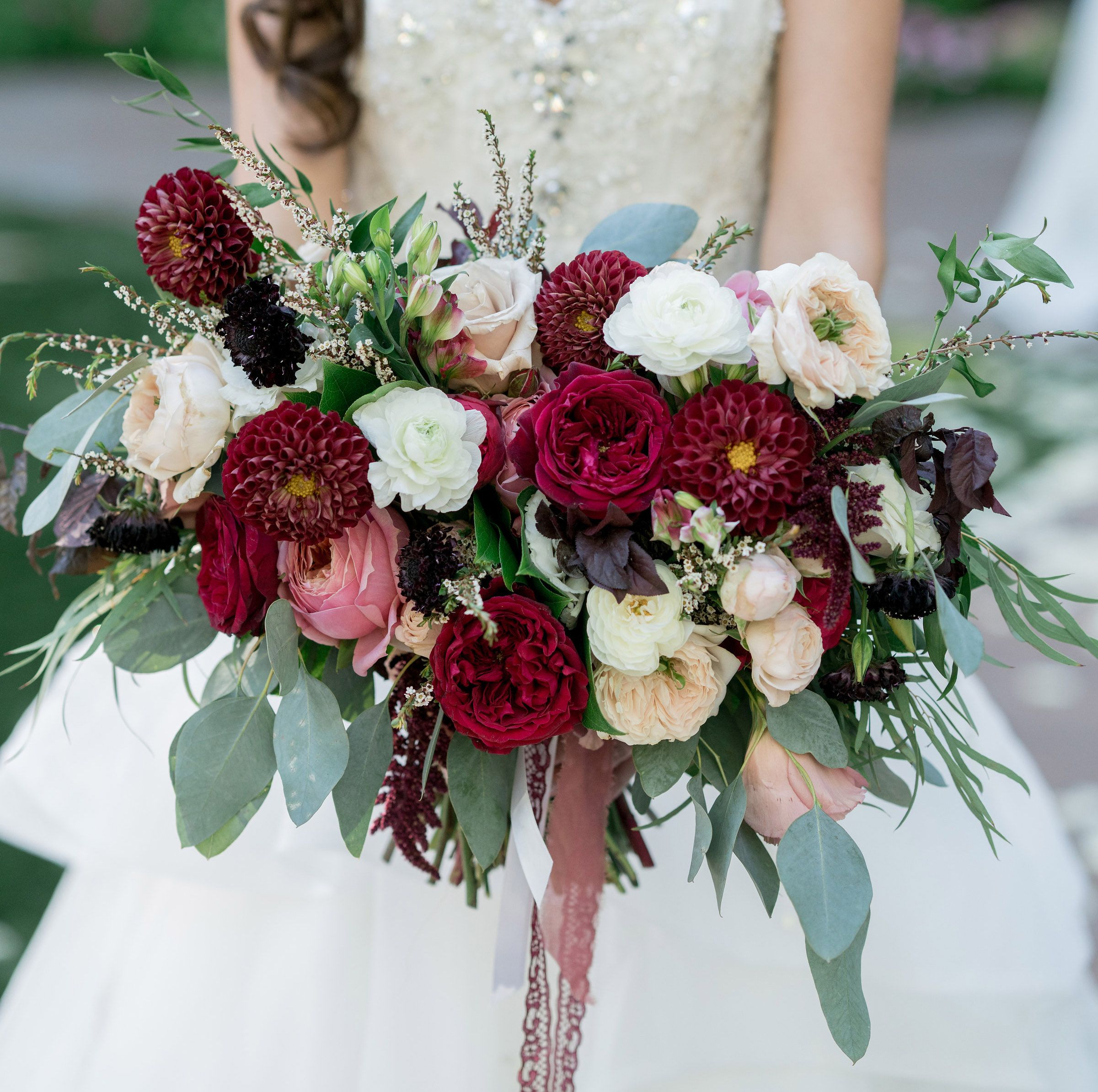 Romantic Red & Pink Bridal Bouquets Perfect for Valentine