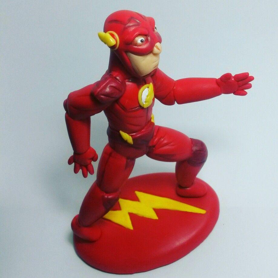 Boneco Flash em biscuit