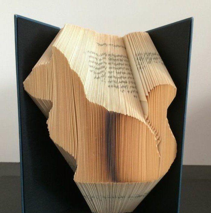 1001 id es originales de pliage de livre des formes faciles pliage pliage de livre et. Black Bedroom Furniture Sets. Home Design Ideas